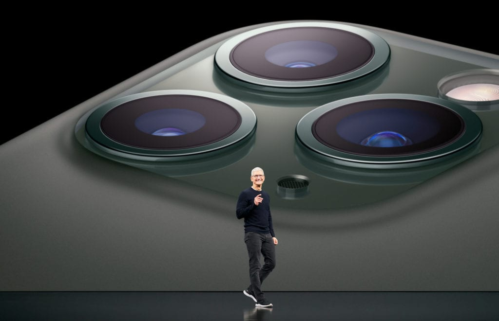apple keynote event iphone tim cook